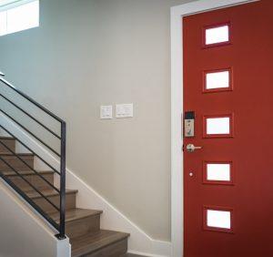 Drzwi wejściowe z aluminium – zalety i wady