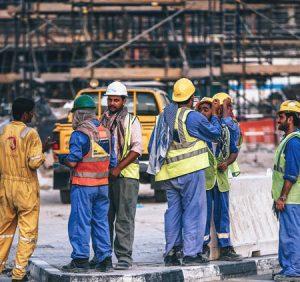 Zakładasz firmę budowlaną? Jakie sprzęty powinieneś zakupić lub wziąć w leasing?