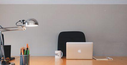 Lampka biurkowa do nauki – jaką wybrać