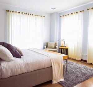 Jak urządzić sypialnię marzeń?
