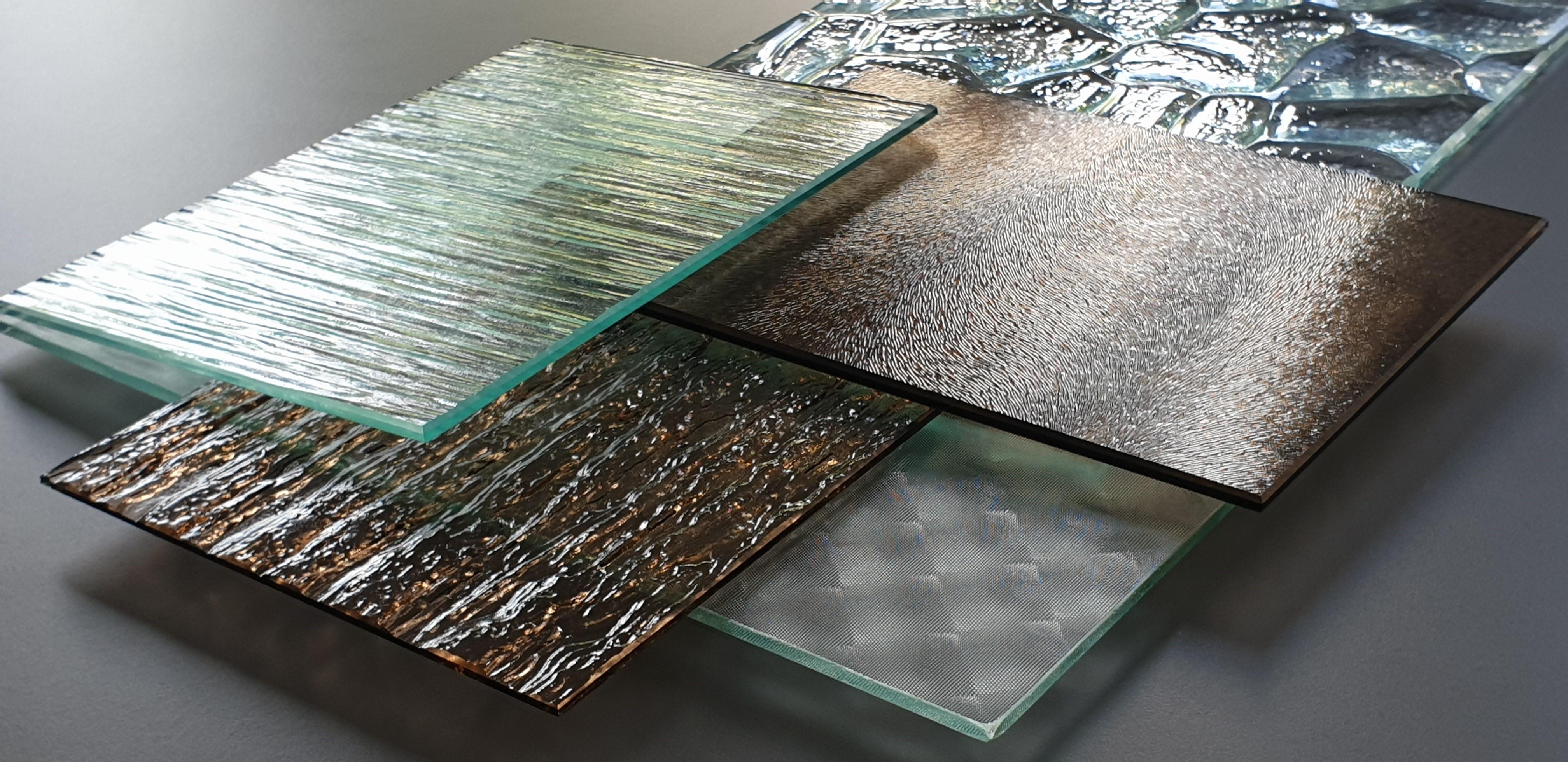 Szkło ornamentowe — gdzie warto go użyć?