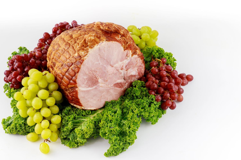 Szynka wieprzowa – przepisy na pyszne dania z szynki