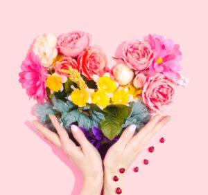 Czy sztuczne kwiaty także wymagają pielęgnacji?