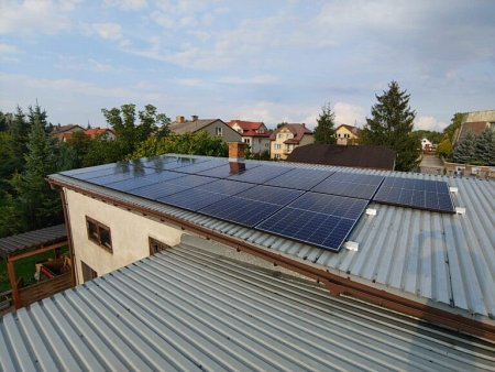 Fotowoltaika na dachu budynku