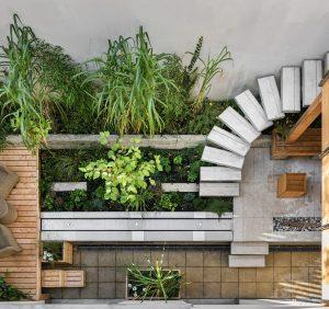 Pomysły na drewniane donice ogrodowe, które pokochasz!