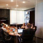 Kontenery biurowe w praktyce. O co w tym chodzi?